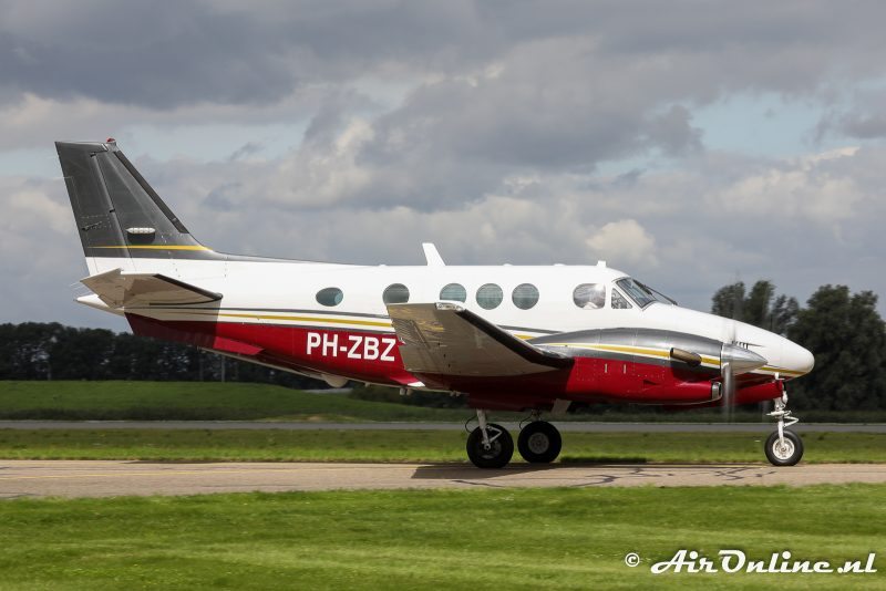 Our first aircraft PH-ZBZ officially among our CAMO